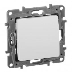 Выключатель кнопочный одноклавишный Legrand Etika 6A 250V белый 672214
