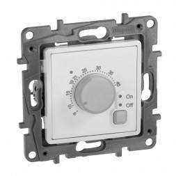Термостат Legrand Etika с внешним датчиком для тёплых полов белый 672230
