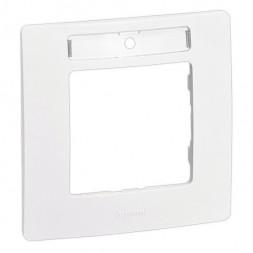 Рамка 1-постовая Legrand Etika с держателем для маркировки белая 672506