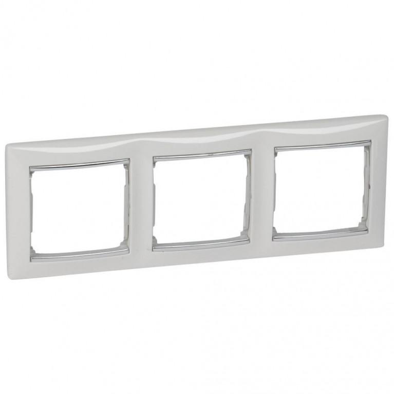 Рамка 3-постовая Legrand Valena белая/серебряный штрих 770493