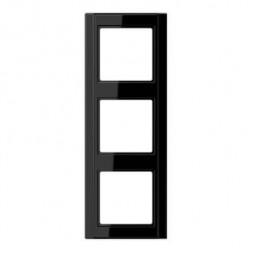 Рамка 3-постовая Jung A 500 черная A583SW